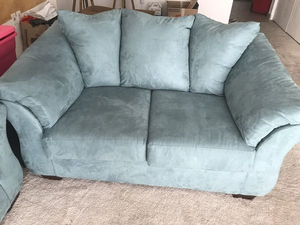 Sea Foam Green Sofa Set Couch And Loveseat For Sale In Miami Fl Offerup