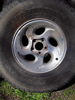 Photo 31x10.5x15 tire