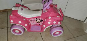 Photo Minnie Mouse 6V battery Quad Ride-On Vehicle (NO BATTERY AND NO CHARGER)