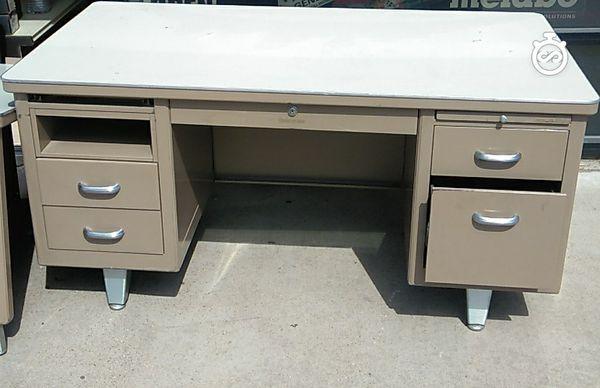 Shaw Walker 1964 Metal Desk For Sale In Mesquite Tx Offerup
