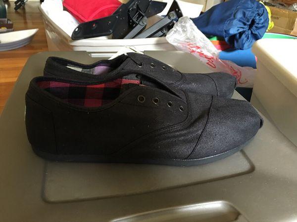 88ac288ea1f Brand New TOMS Men s Cordones Black Wax Twill sz 11.5 for Sale in San  Francisco