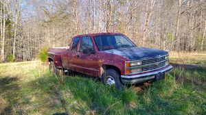 Photo 1990 Chevy 3500 454 (sell or trade for car trailer)