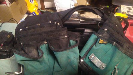 Tool bags and belts Thumbnail