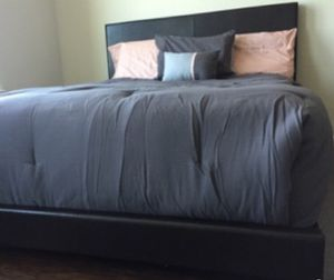 New Brown Queen Bed for Sale in Chevy Chase, MD