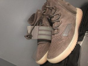 """Adidas Yeezy 750 """"Brown"""" size 9 for Sale in Springfield, VA"""
