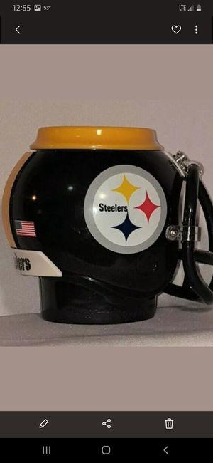 Photo NFL PITTSBURGH STEELERS HELMET MUG COOZIE CAN HOLDER. (LIKE NEW) ASKING $15