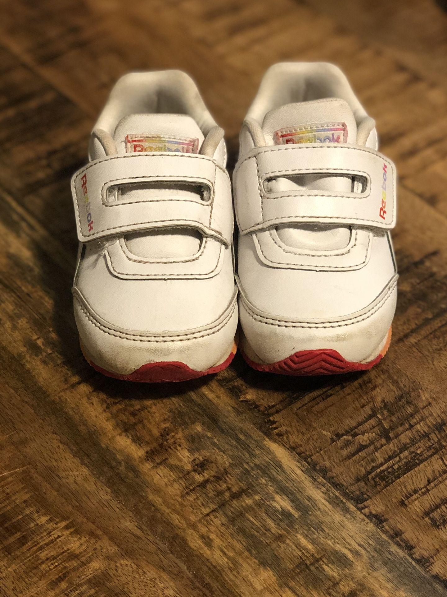 Sz 5 Toddler White Girls Reebok