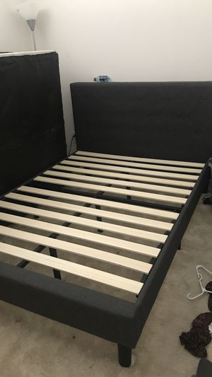 Full size bed frame and headboard for Sale in Washington, DC