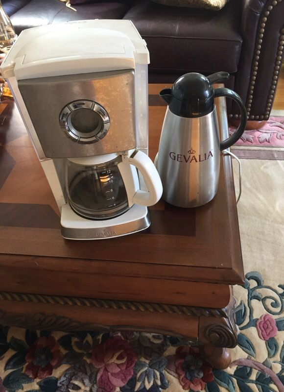 Gevalia 12 cup programmable coffee maker and decanter