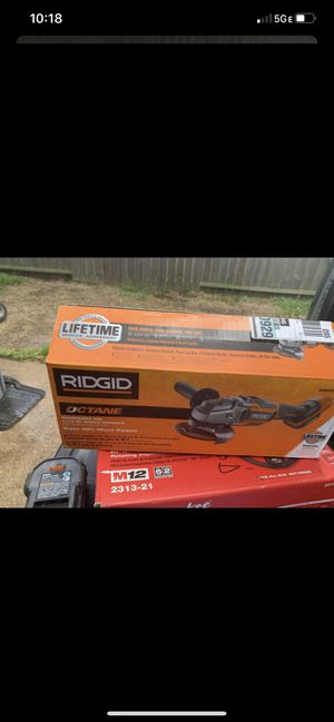 Photo RIDGID 18-Volt OCTANE Cordless Brushless 4-1/2 in. Angle Grinder (Tool Only) good working condition