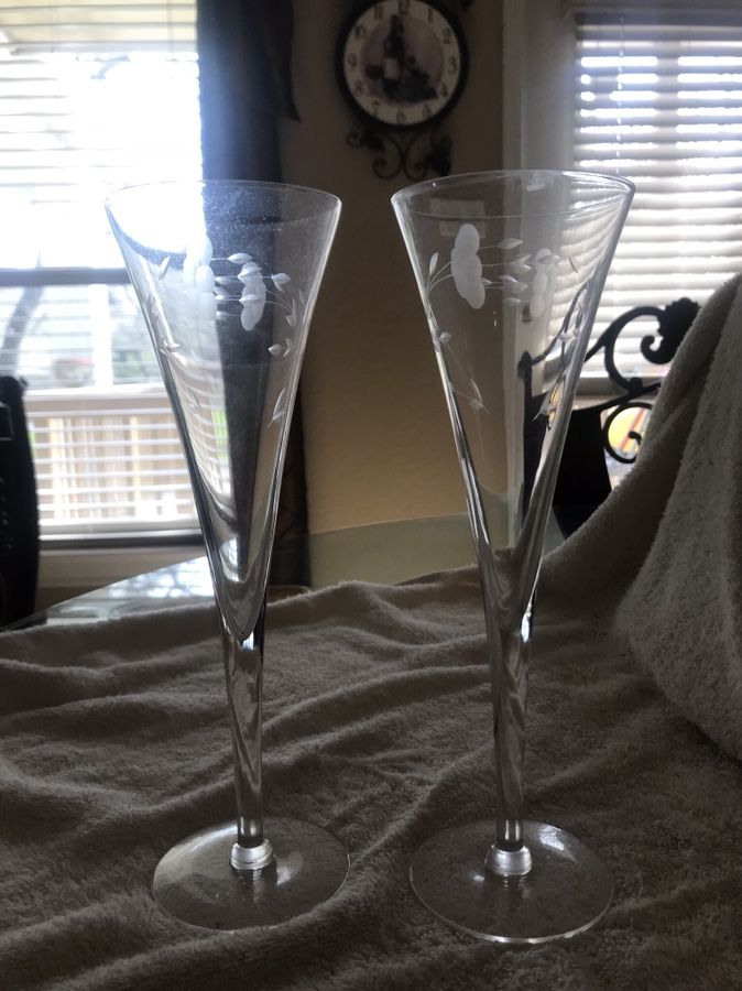 Princess House champagne flutes