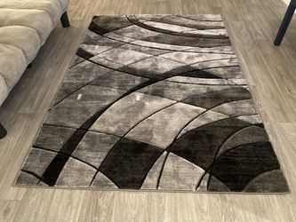 Simple Living Room Set $350 Thumbnail