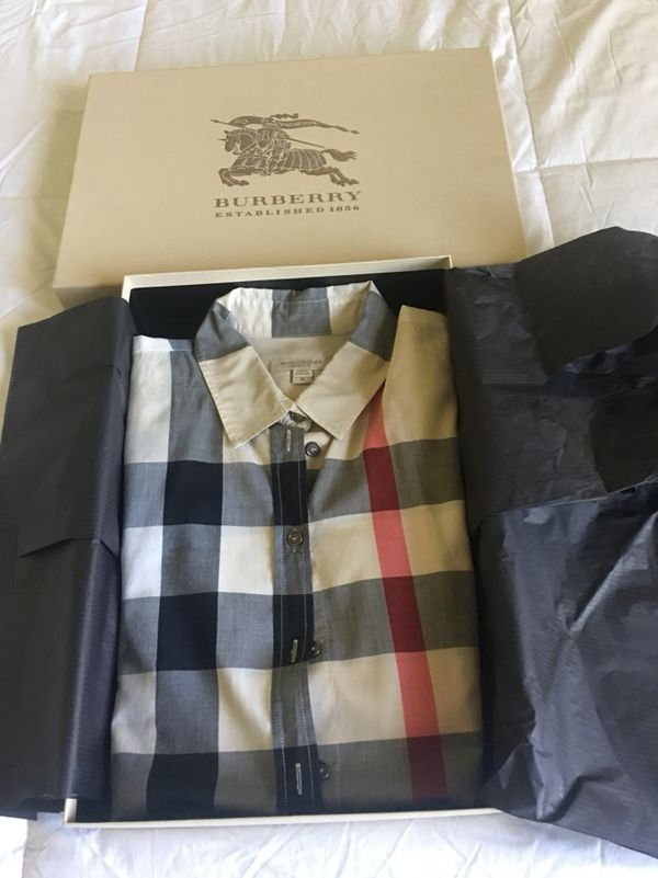 1e3865bfd17d Burberry Brit Women s size M for Sale in Parkland