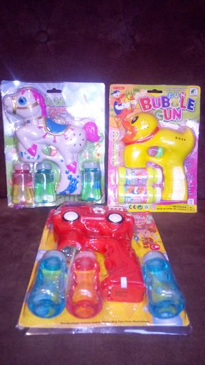 Toys (Bubble guns) for Sale in Solon, OH