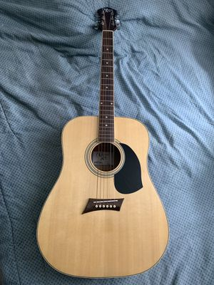 NEW Acoustic Guitar w/ Hard case for Sale in Orlando, FL
