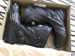 Motorcycle boots sedici for Sale in Los Angeles, CA