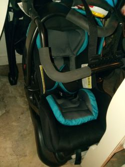 Snap and go stroller and infant car seat Thumbnail