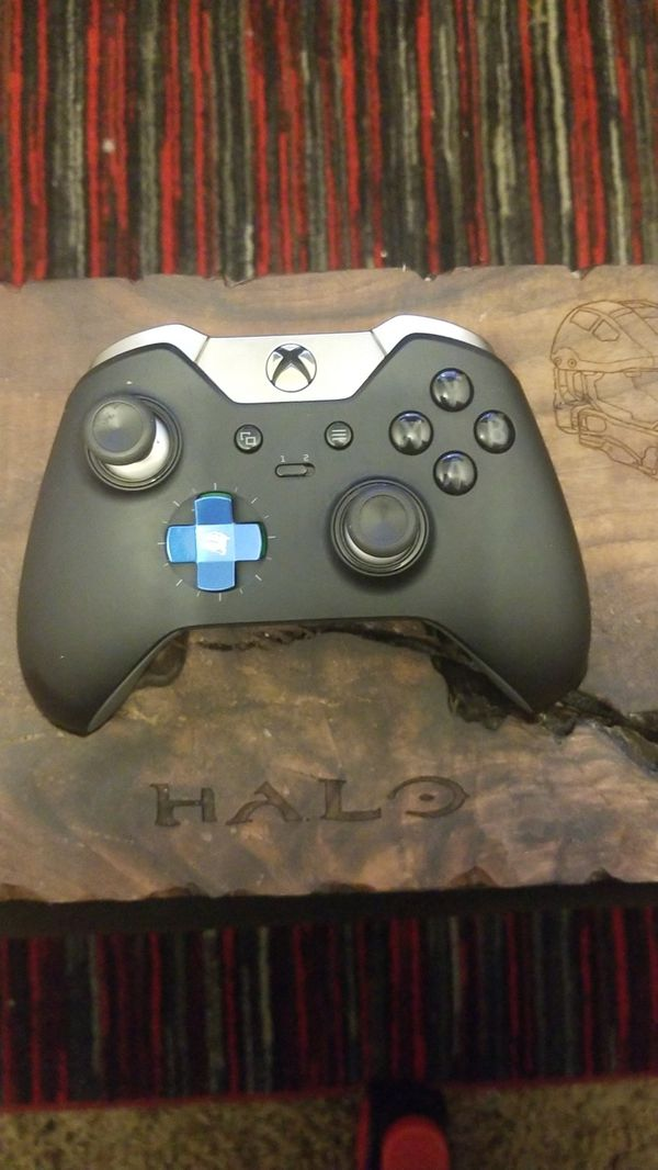 Xbox One Elite controller W/Custom Geek Made Desighns Controller Holder & 2  extra sets of paddles and sticks for Sale in Santa Cruz, CA - OfferUp