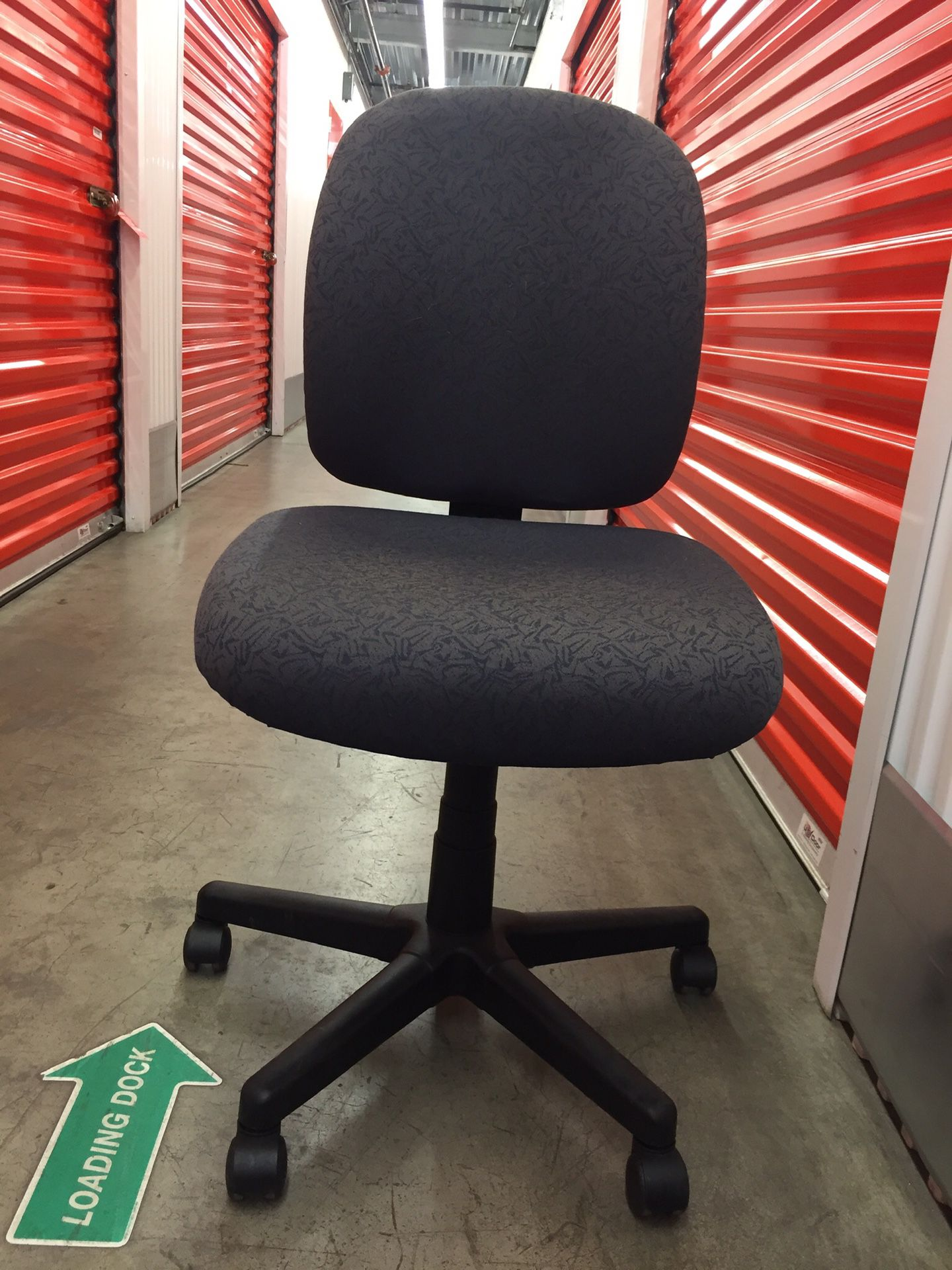 Nice adjustable office chair-comfortable too!!