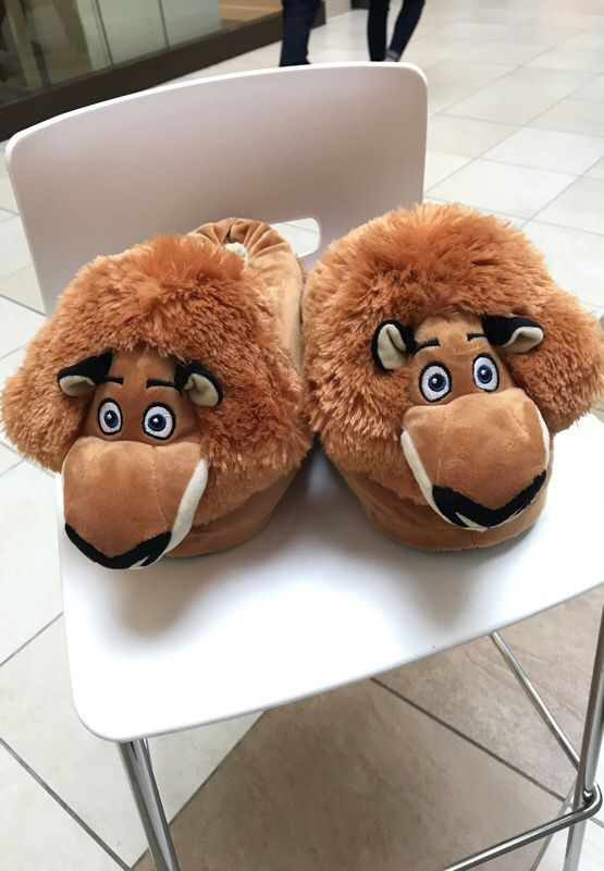 e920b68ba2c2 Plush toys and plush slippers for Sale in Des Plaines