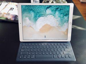 "iPad Pro 12.9"" 256GB Wifi Only 2nd Generation + Smart Keyboard for Sale in Boston, MA"