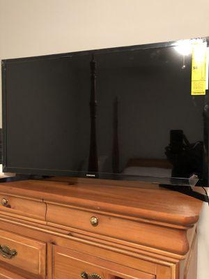 "32"" Samsung Smart TV for Sale in Tampa, FL"