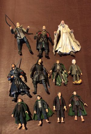Lord of the rings collectible action figures 2001 2003 for Sale in Mentor, OH