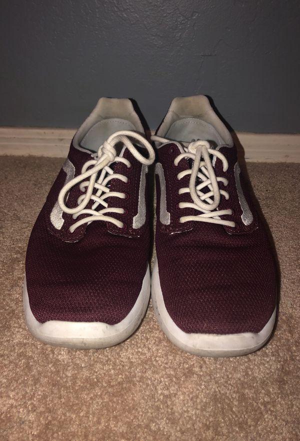 4646477ffde maroon Vans athletic shoes for Sale in Mesa