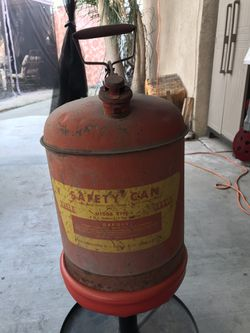 Old vintage 5 gallon gas can Thumbnail