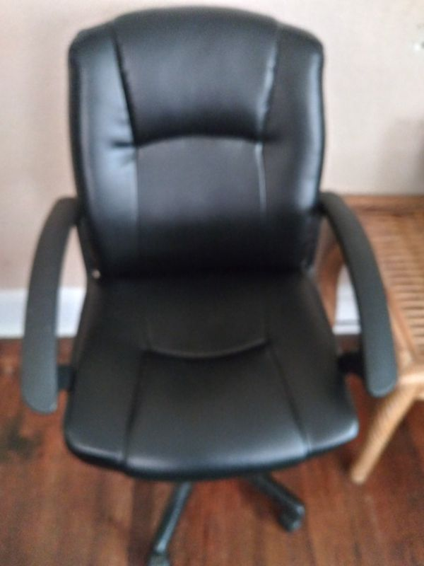 Office chair for Sale in Jacksonville, FL - OfferUp