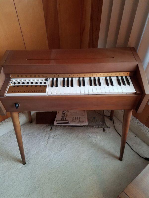 Organaire vintage organ