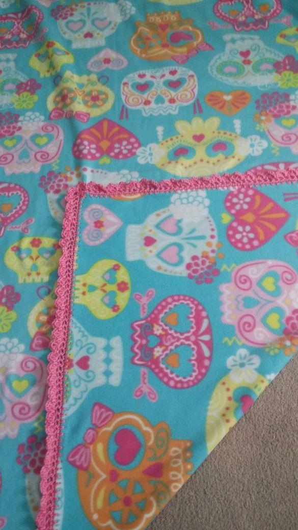 New Fleece Blanket 6 Ft Long Super Warm Crochet Edging For Sale In