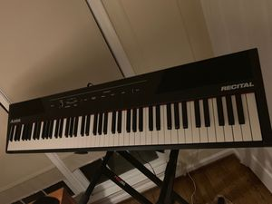 Recital piano keyboard 88 keys with professional stand for Sale in Alexandria, VA
