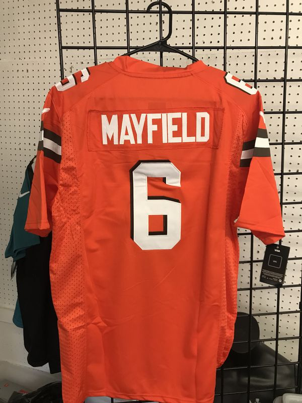 588c54be1 Cleveland Browns baker mayfield jersey size M XL and 4x for Sale in ...