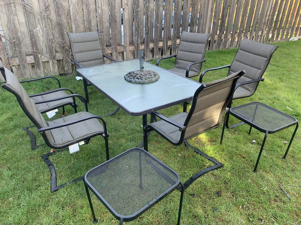 Full Set Of Patio Furniture 1 Yr Old For Sale In