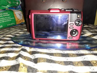 Olympus - Tough TG-6 12.0-Megapixel Water-Resistant Digital Camera - Red Thumbnail
