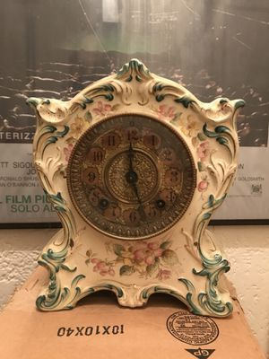 Antique clock for Sale in Silver Spring, MD