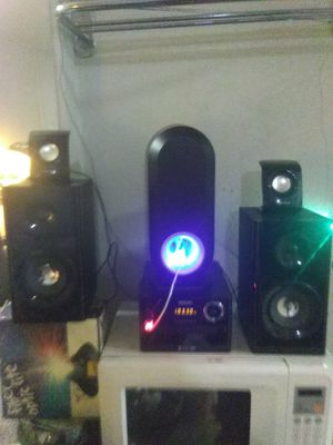 Micro mini stereo system with Bluetooth Philip for Sale in San Antonio, TX