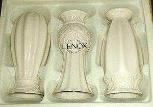 Box of 3 LENOX Porcelain Ivory Vases NIB for Sale in Silver Spring, MD