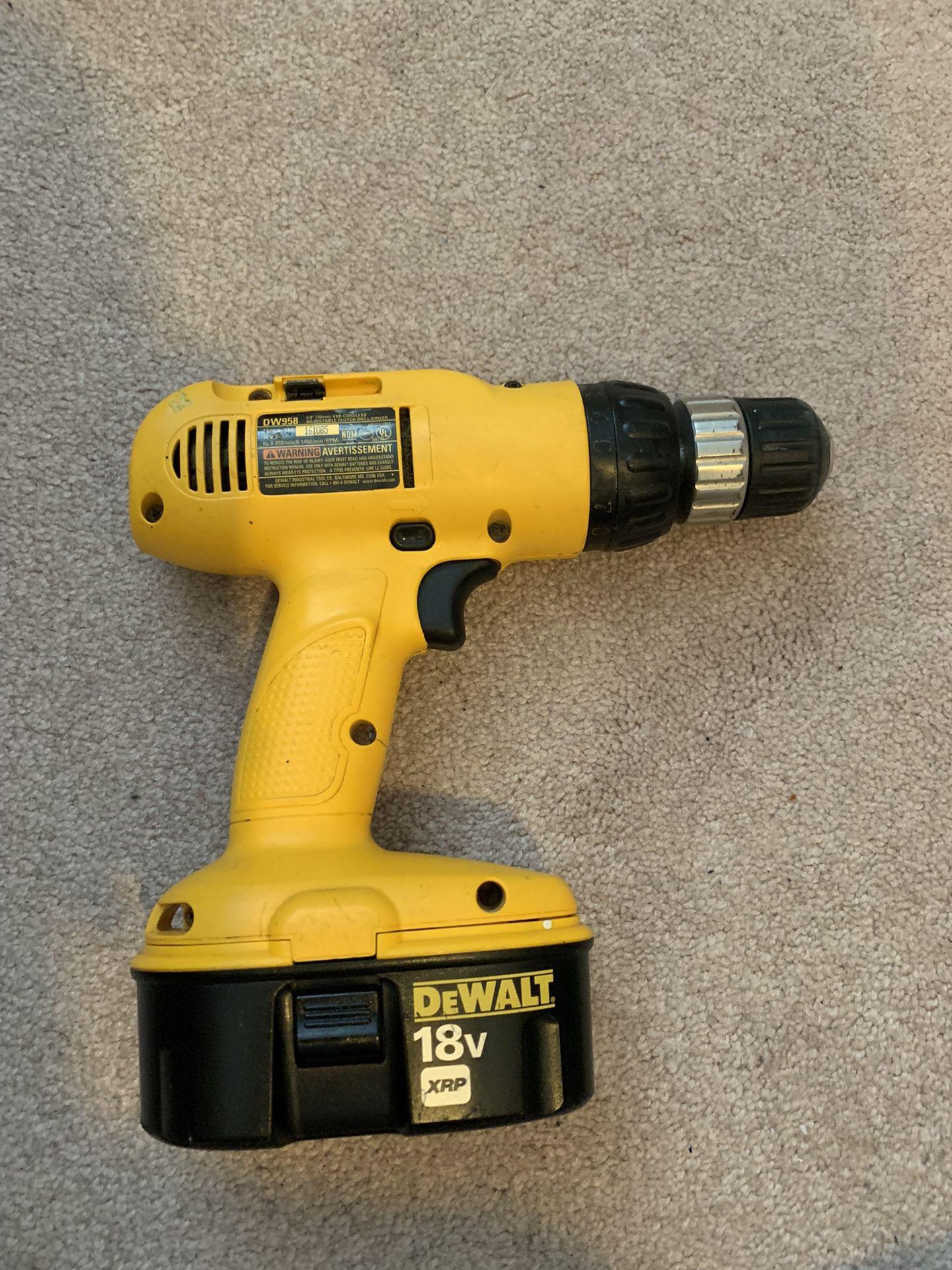 Dewalt 18V Drill + 2 Batteries + Charger