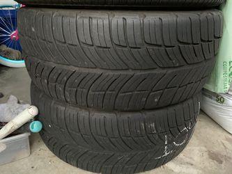 215/45 17 Tires 75% Tread Thumbnail