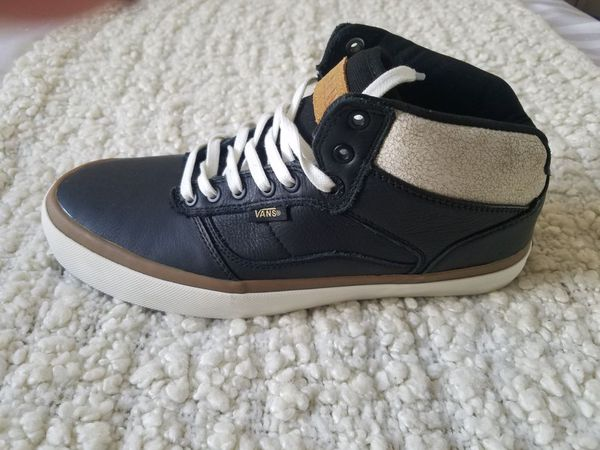 f432971a2d Vans BEDFORD (Crackle) Black Marshmallow Men s Shoe SiZe 8.5M VN000XB5HSE  for Sale in Norwalk