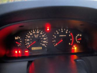 2001 Nissan Frontier Thumbnail