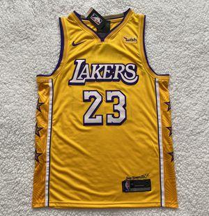 Photo LeBron James Los Angeles Lakers NBA Jersey - Brand New - Men's - Nike 2019 / 2020 Home Yellow Basketball Jersey - Size M / L / XL