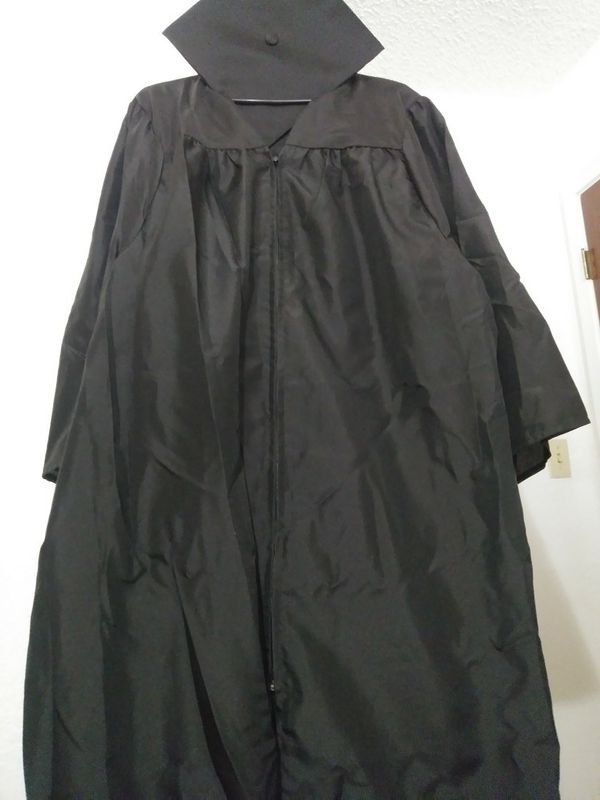 Jostens Cap And Gown For Sale In Brownsville Tx Offerup