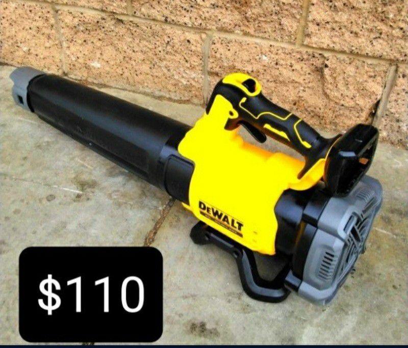 DEWALT 20V Max  Leaf Blower, Cordless, Handle, 125-MPH, 450-CFM, Tool-Only