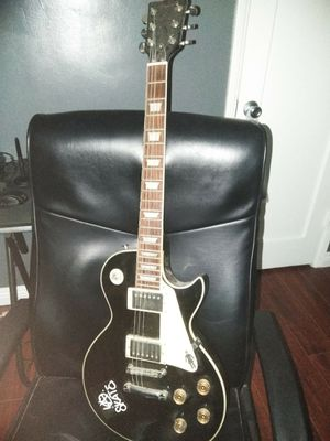 Nomad Electric Guitar for Sale in Baldwin Park, CA