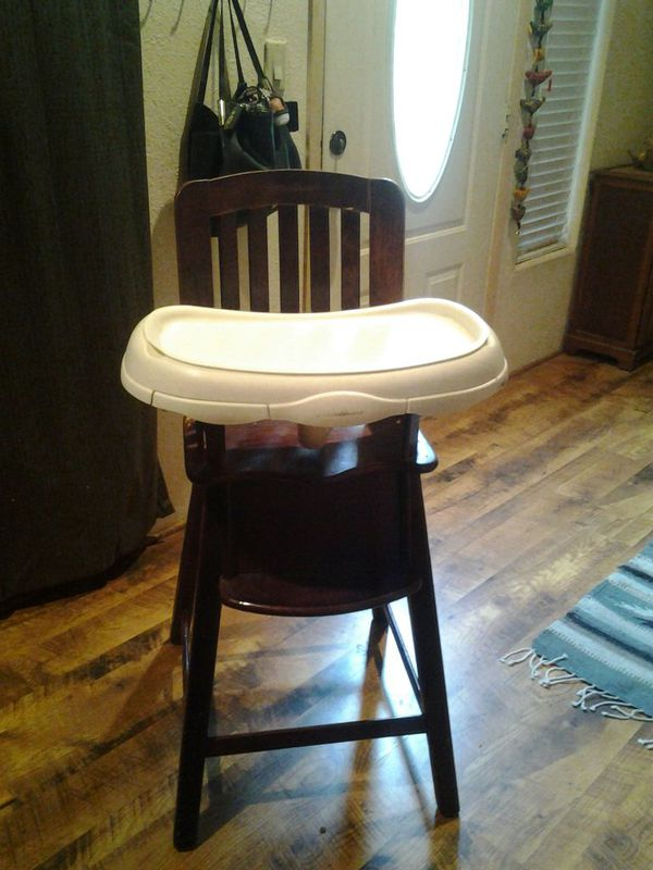 e29774f320d Wooden Eddie Bauer High Chair $30 or best offer for Sale in Payson ...