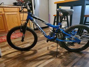 Photo 20 Hyper Shocker Kids Mountain Bike 7 Speed