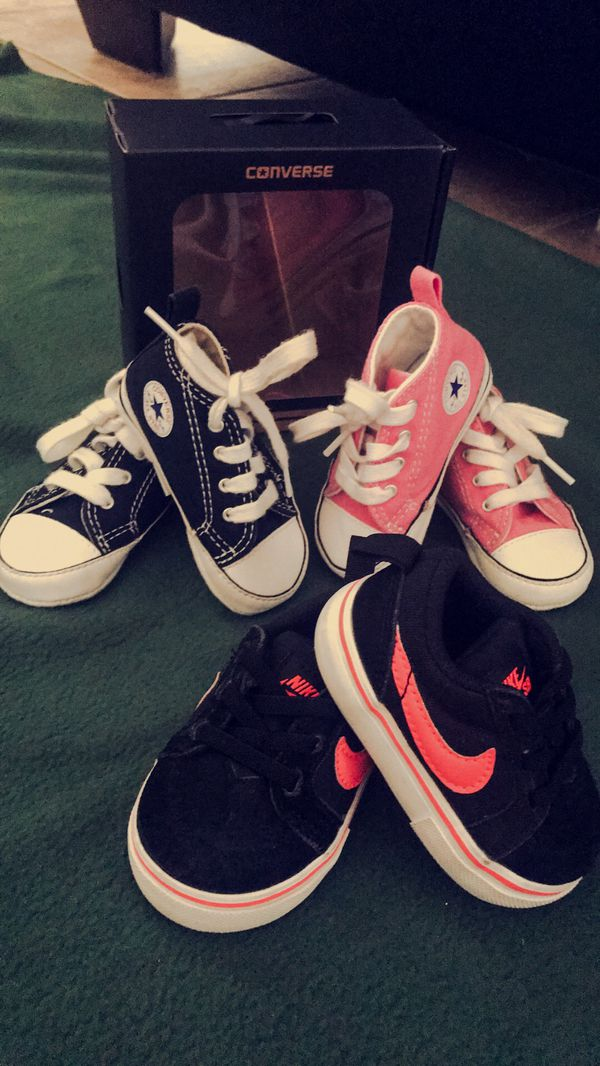 1e36a032e74754 Baby shoes size 2💕 converse   Nike for Sale in West Covina
